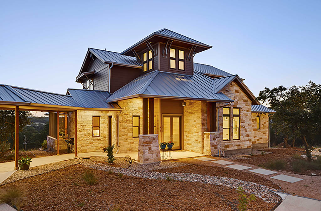 why build a custom home