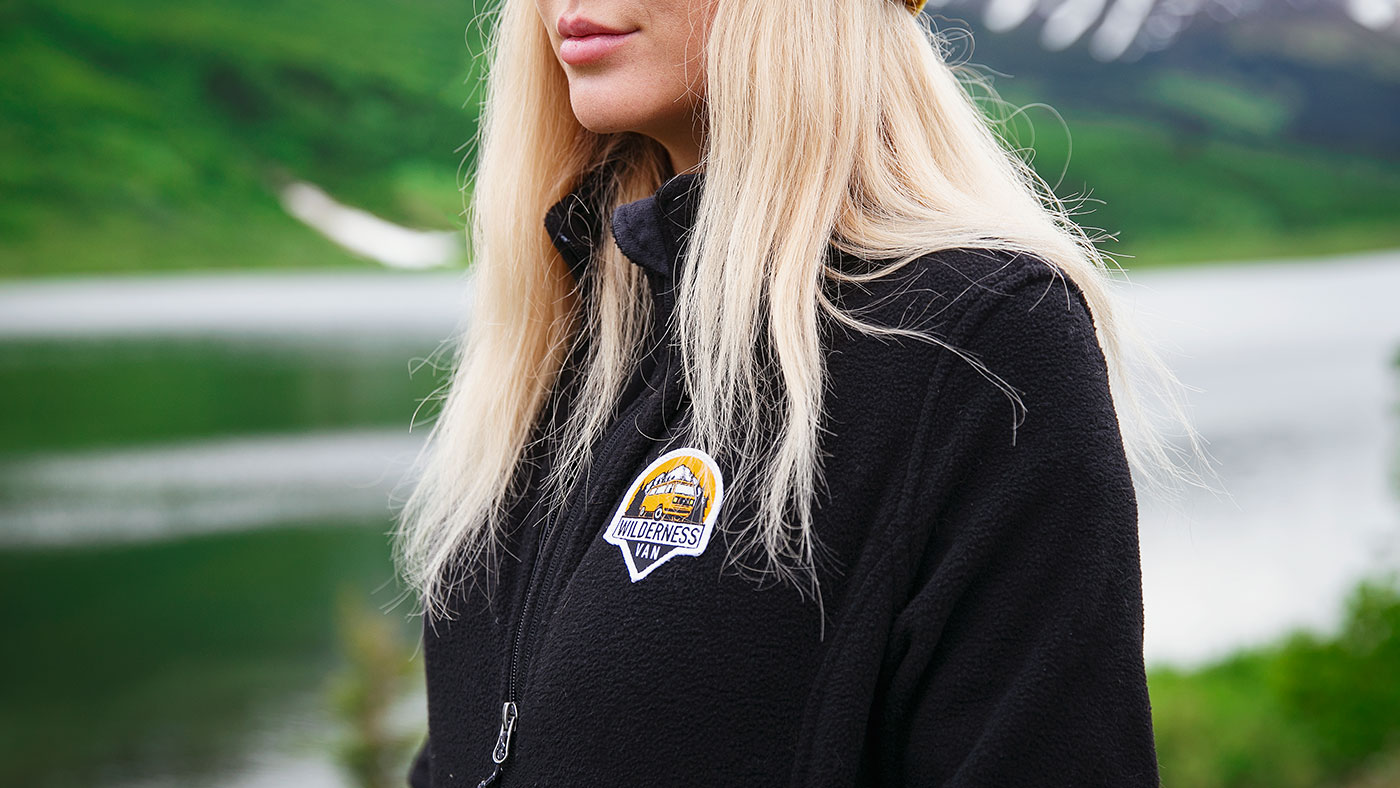 best-custom-embroidered-patch-jacket